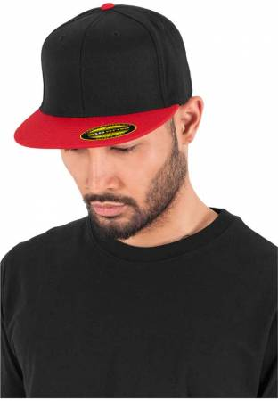 Flexfit Flatpeak 210 black red