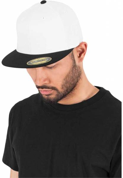 Flexfit Flatpeak 210 white black