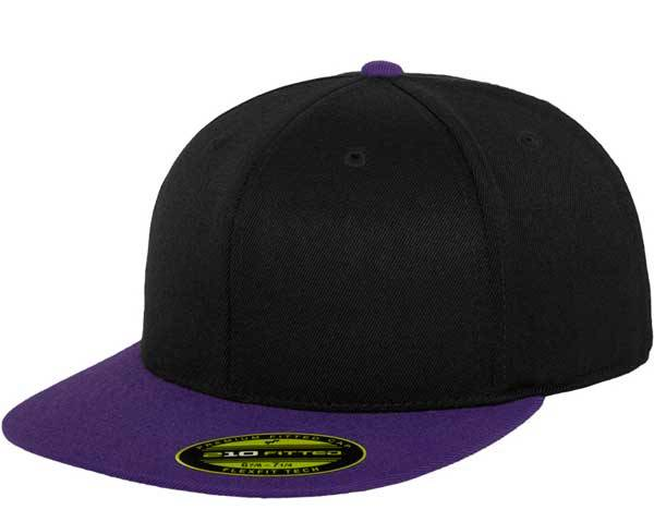 Flexfit Flatpeak 210 black purple