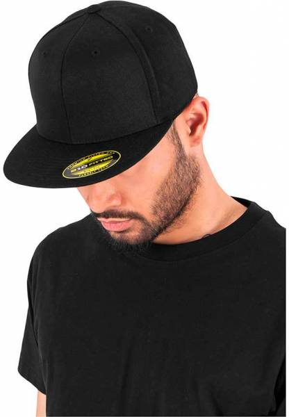 Flexfit Flatpeak 210 black